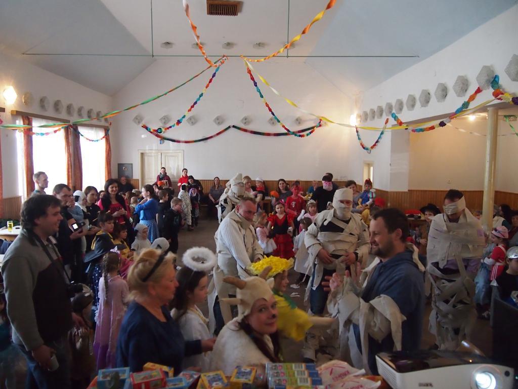 Dětský maškarní karneval r. 2016